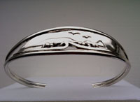Worms head Gower bracelet