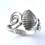 cockle curl ring