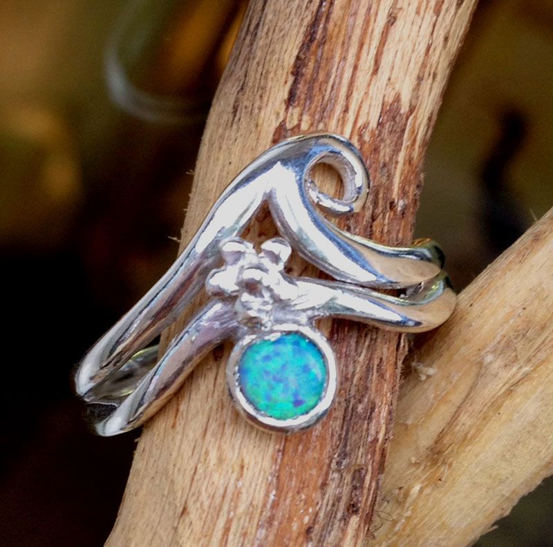 wave ring with opal
